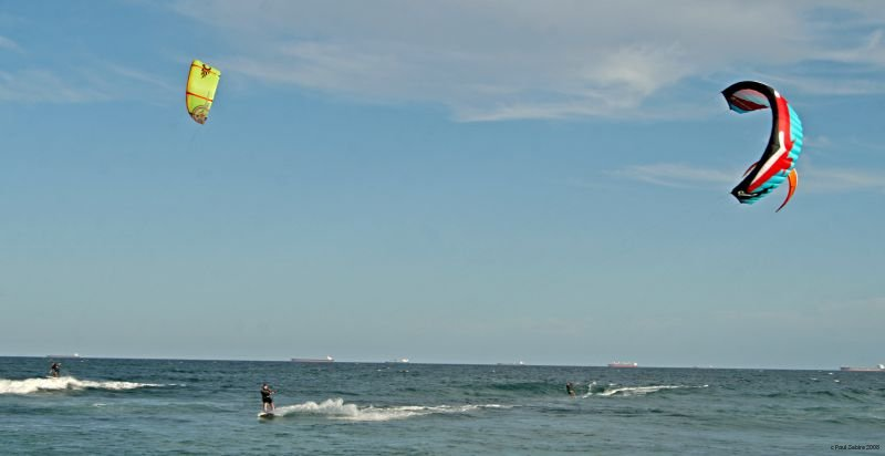 Kite Surfing Nobbys Beach